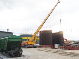 Construction of storage tanks